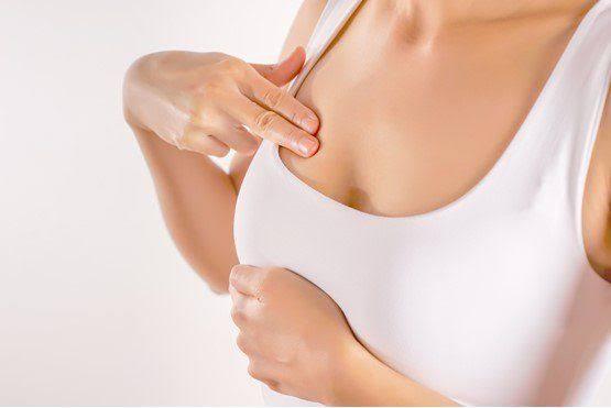 5 วิธี ช่วยคลายความเจ็บเต้านมของคุณแม่หลังคลอด !  02