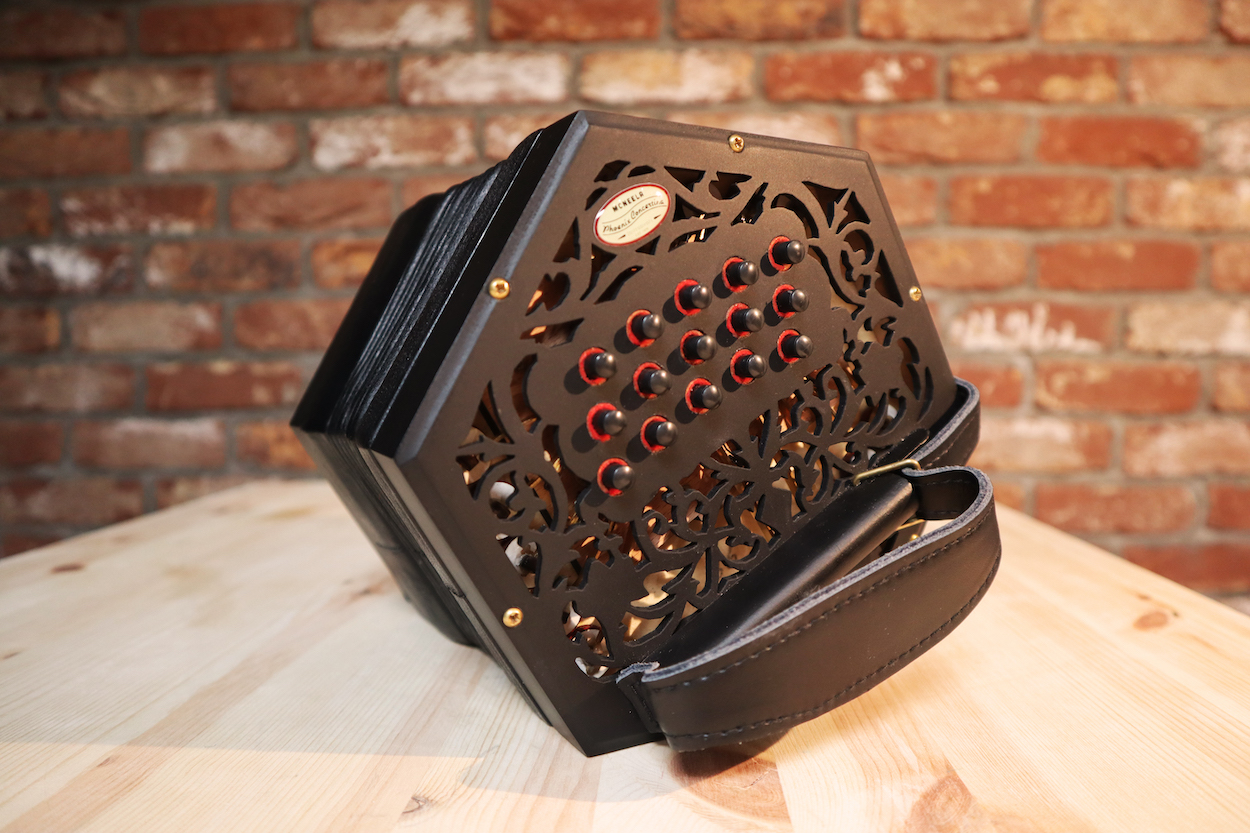 The Phoenix concertina is the best priced intermediate anglo concertina on the market. Perfect for traditional Irish music.