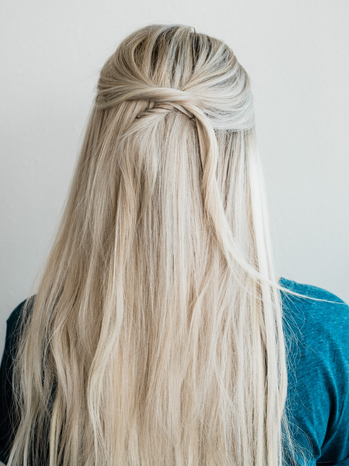 Beautify Half Up, Half Down Hairstyle