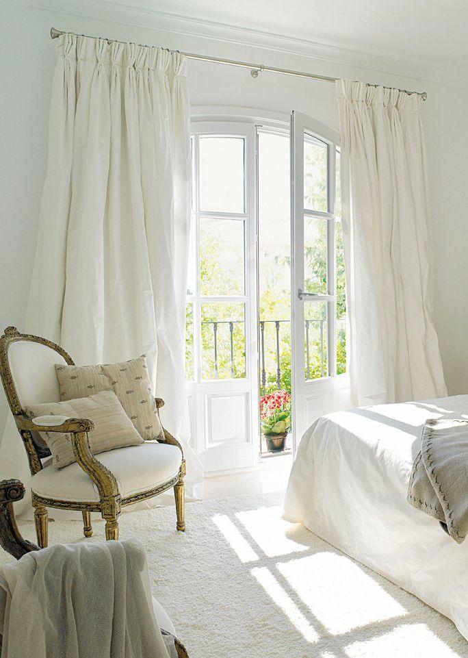 Stunning White Curtains Ideas