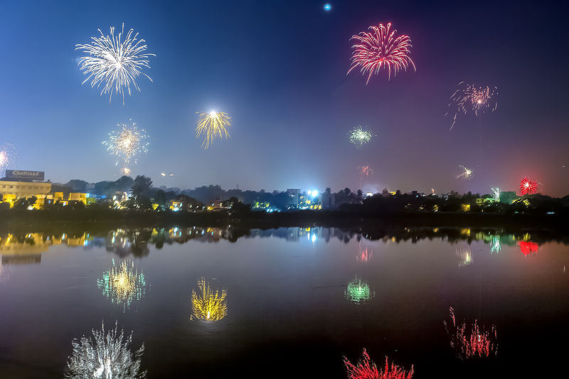 File:Fireworks Diwali Chennai India November 2013 b.jpg