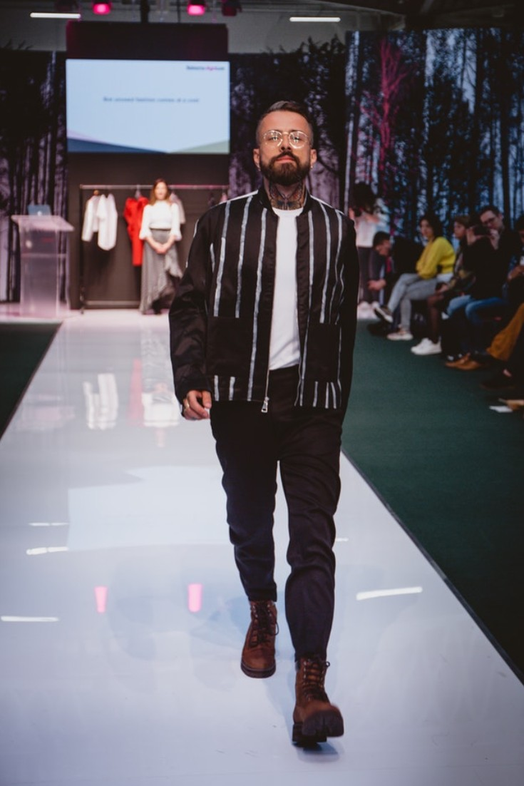 SEO Alt Text: Model Dan Pontarlier Styled By Roberta Lee, Pure London Runway Feb 2020 | Conscious Fashion Brands | All Black Men's Casual Look