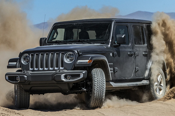 angular-front-of-the-Jeep-wrangler
