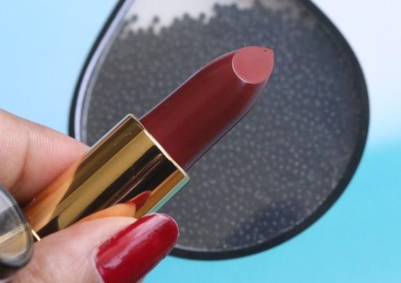 revlon super lustrous matte lipstick swatch