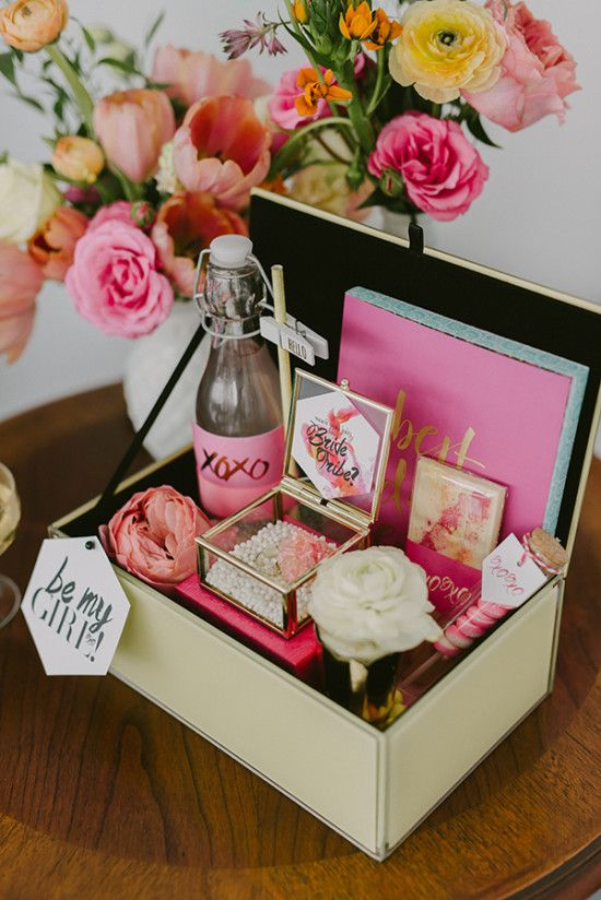 bridal-shower-favor-box.jpg