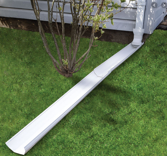 downspout with gutter extension