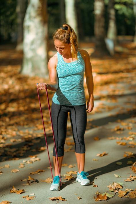 https://resizeimage.net/mypic/bMgX9viOv8axkwPW/1jMwu/woman-exercising-with-elastic-.jpg