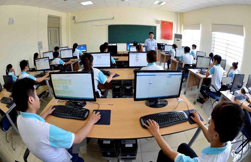 Lựa chọn đúng trường học công nghệ thông tin sẽ giúp cho tương lai của bạn được tốt hơn