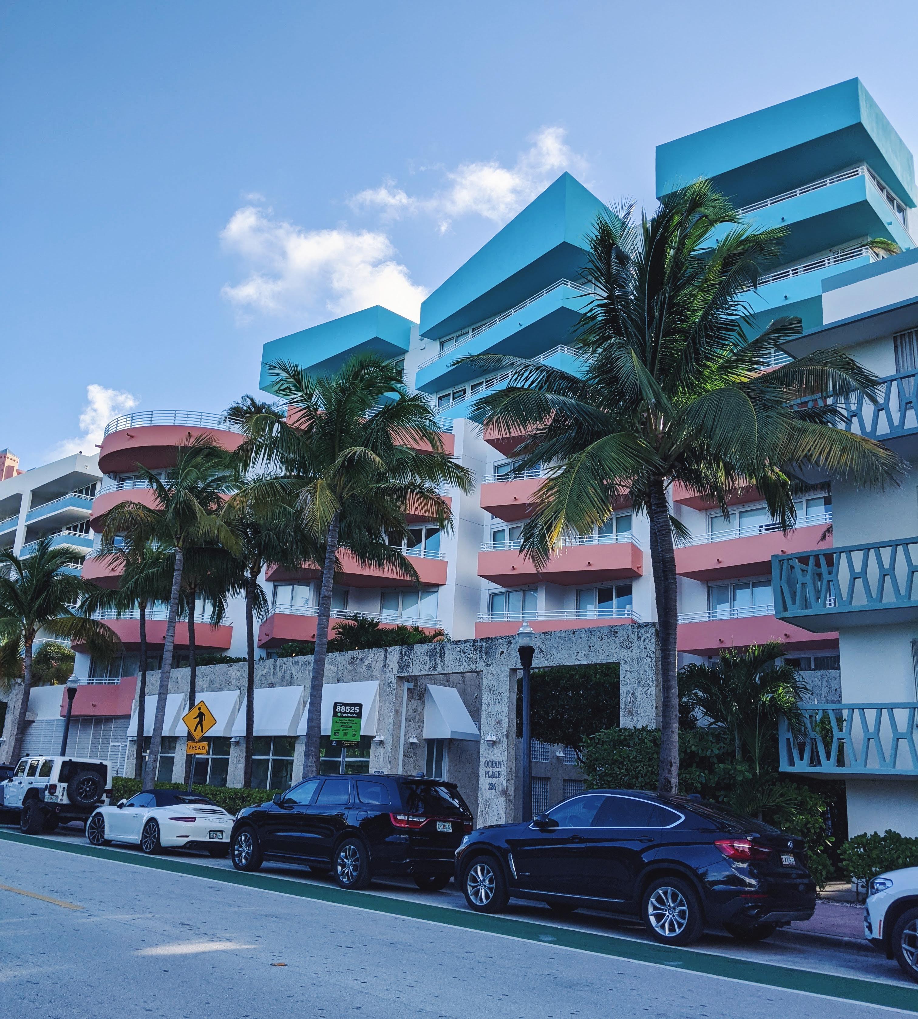 ארט דקו אומנות לייפסטייל חופשה במיאמי