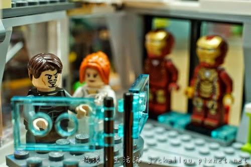 20140625 LEGO 76007(blog)-16.JPG