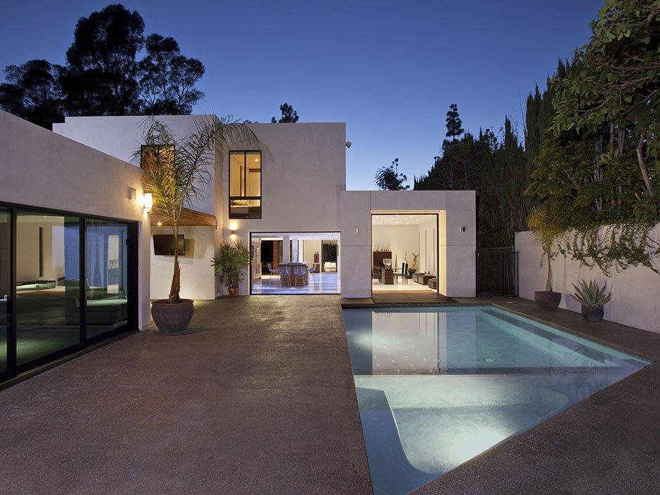 cada casa que se presenta en freshome tiene sus propias que la hacen estallar hacia fuera cada vivienda presenta una historia