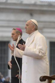 Tiếp kiến chung: Đức Thánh Cha kết thúc loạt giáo lý về Thánh Lễ (Toàn văn)