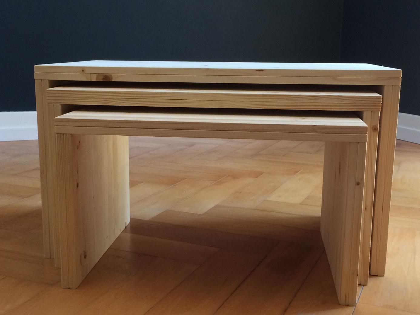 Une image contenant banc, en bois, meubles, table  Description générée automatiquement