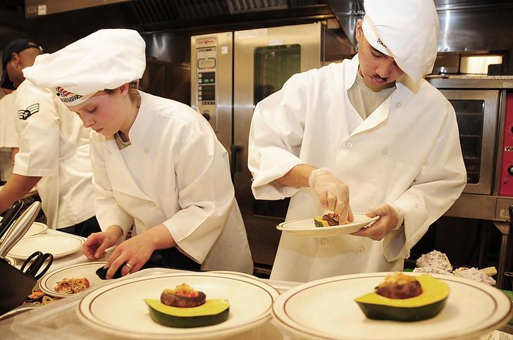 Đầu bếp luôn có cơ hội nâng cao tay nghề