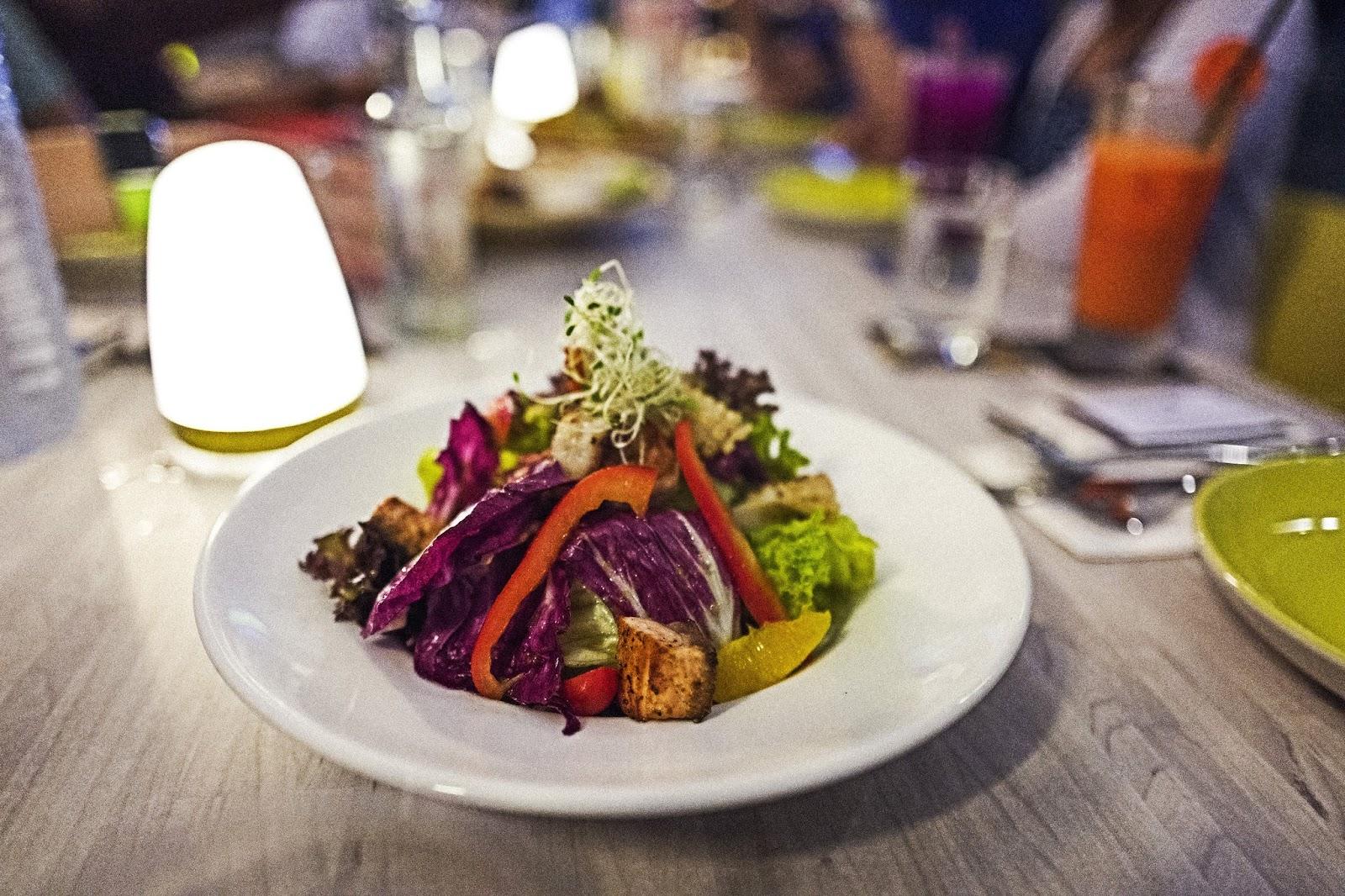 f-salad-L1050717.jpg