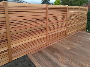 cosmetic-gardening-and-construction-cedar-fencing scotland