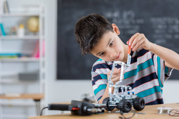 observation skills in educational kits for kids