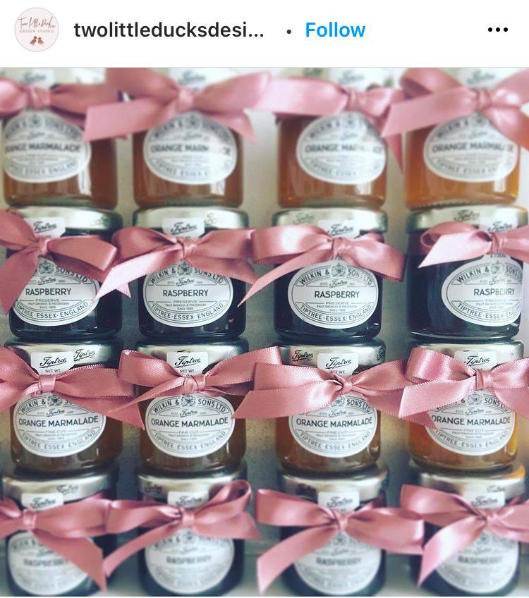 homemade preserves in cute jars wedding favor ideas