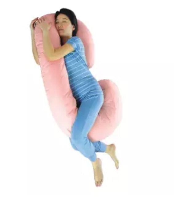 5. หมอนรองให้นมลูก Glowy Star Pregnancy Pillow รุ่นตัว C