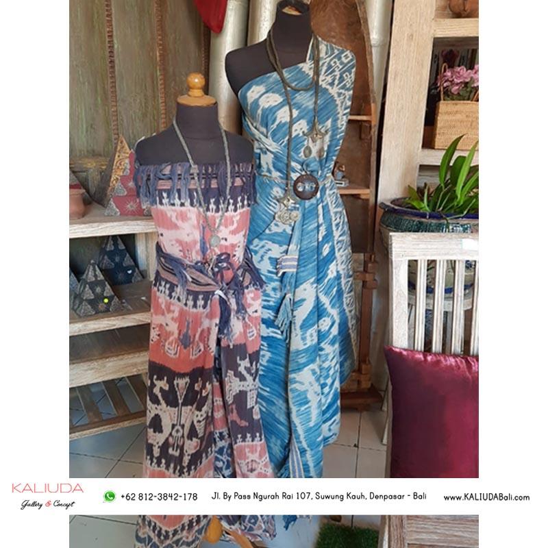 Kain Tenun Ikat Sumba - 3 Unique & Simple Ways to Use a Piece of Batik Cloth / Endek - Kaliuda Gallery Bali