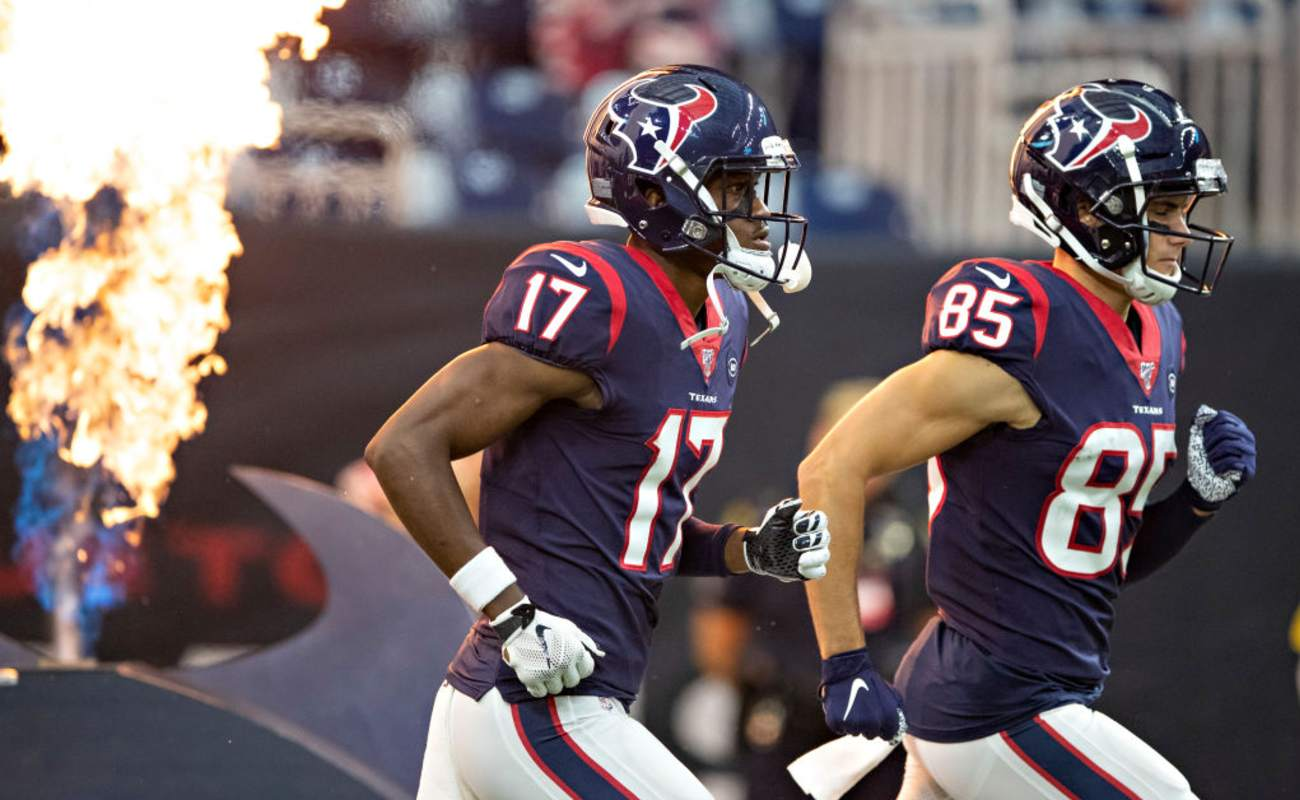 Vyncint Smith #17 and Chad Hansen #85 of the Houston Texans