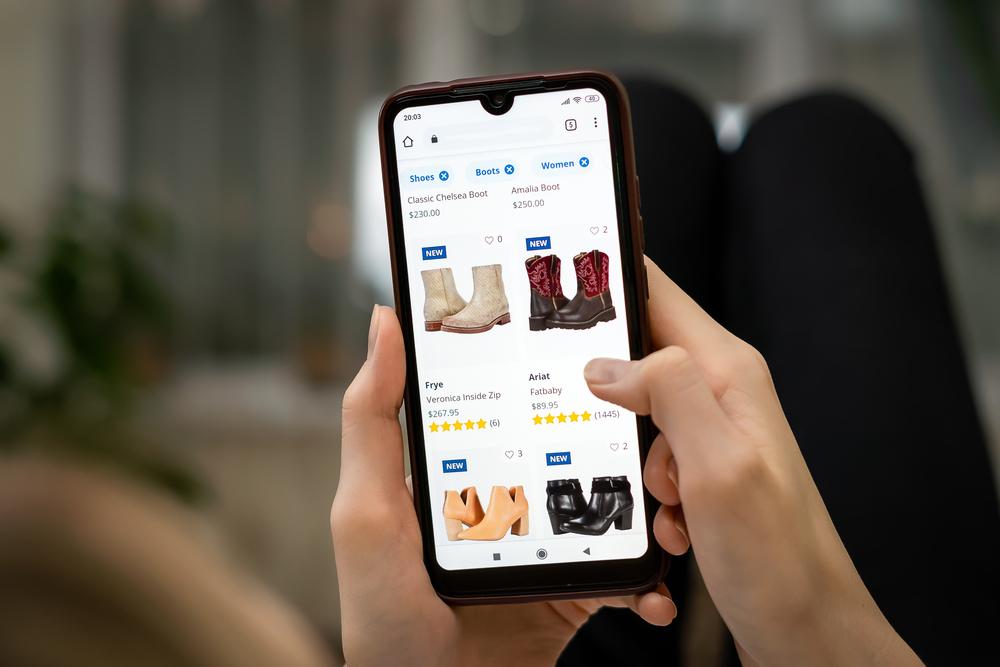 Dengan memanfaatkan discovery commerce, pemilik usaha dapat meningkatkan penjualan online