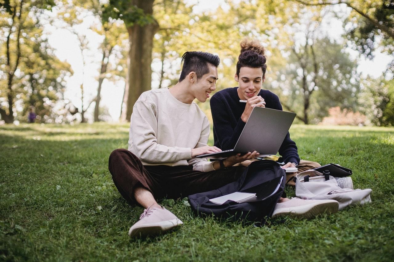 O Currículo Lattes é muito solicitado para universitários, mesmo que não se limite a esse público.