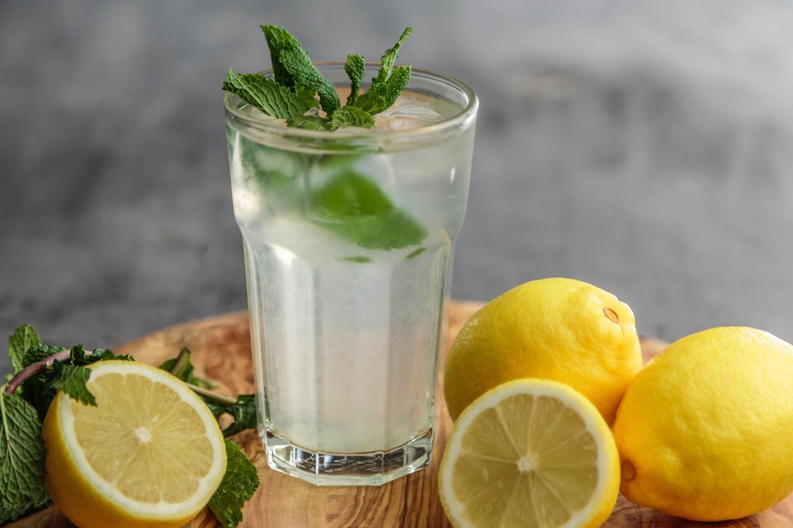 lemon juice in summer