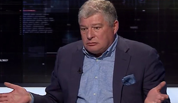 Євген Червоненко в режимі нон-стоп коментує все на каналах з пулу Медведчука