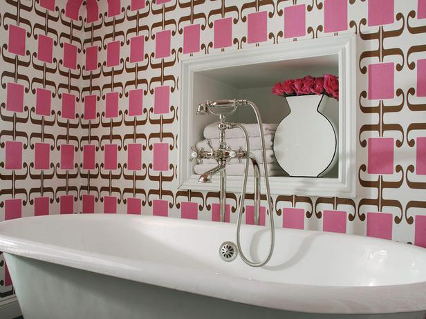 Pink bathroom decor ideas tend to feel very feminine.