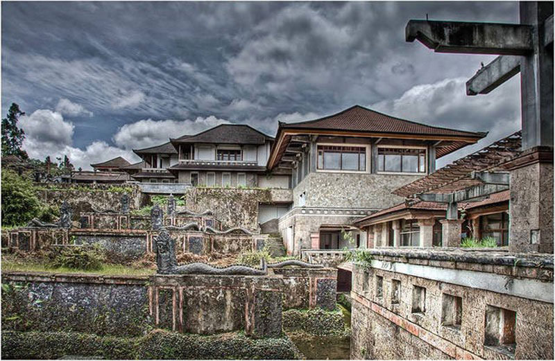 Bedugul Ghost Hotel, North Bali
