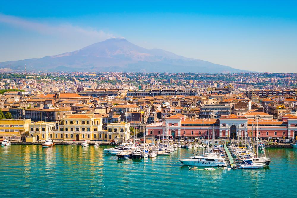 C:\Users\Admin\Desktop\Catania-Sicily-Italy-_684734194.jpg