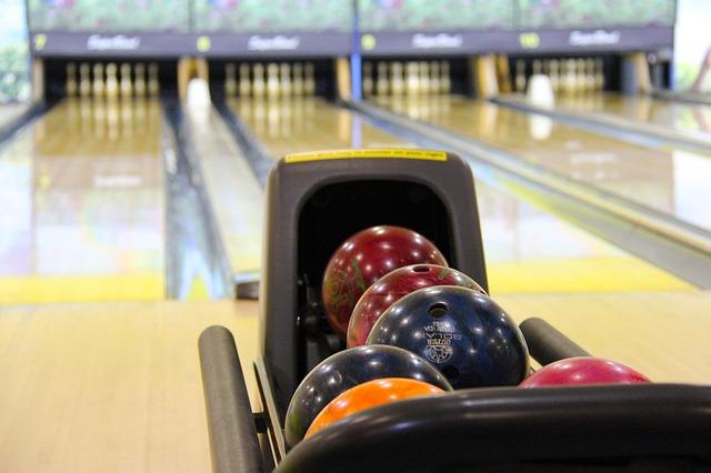 Bowling, Warna Warni