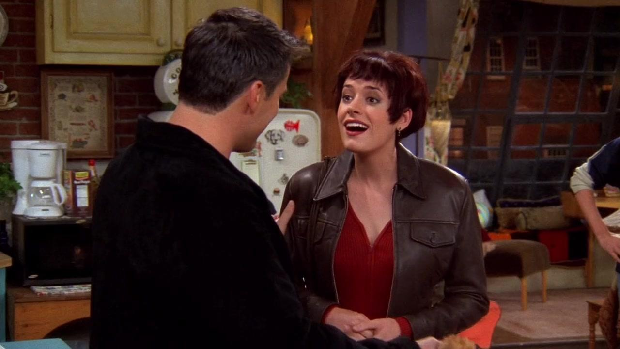 http://s3cf.recapguide.com/img/tv/24/4x6/Friends-Season-4-Episode-6-5-049c.jpg