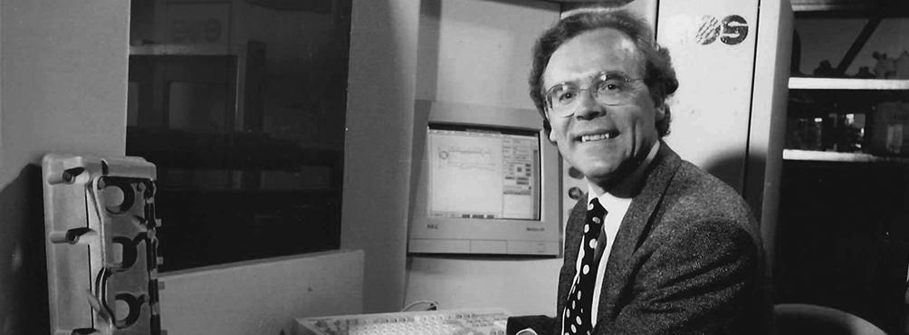 EOS-Gründer Dr. Langer: Innovativ, erfolgreich, Einzelgründer. Foto von der EOS GmbH Electro Optical Systems.
