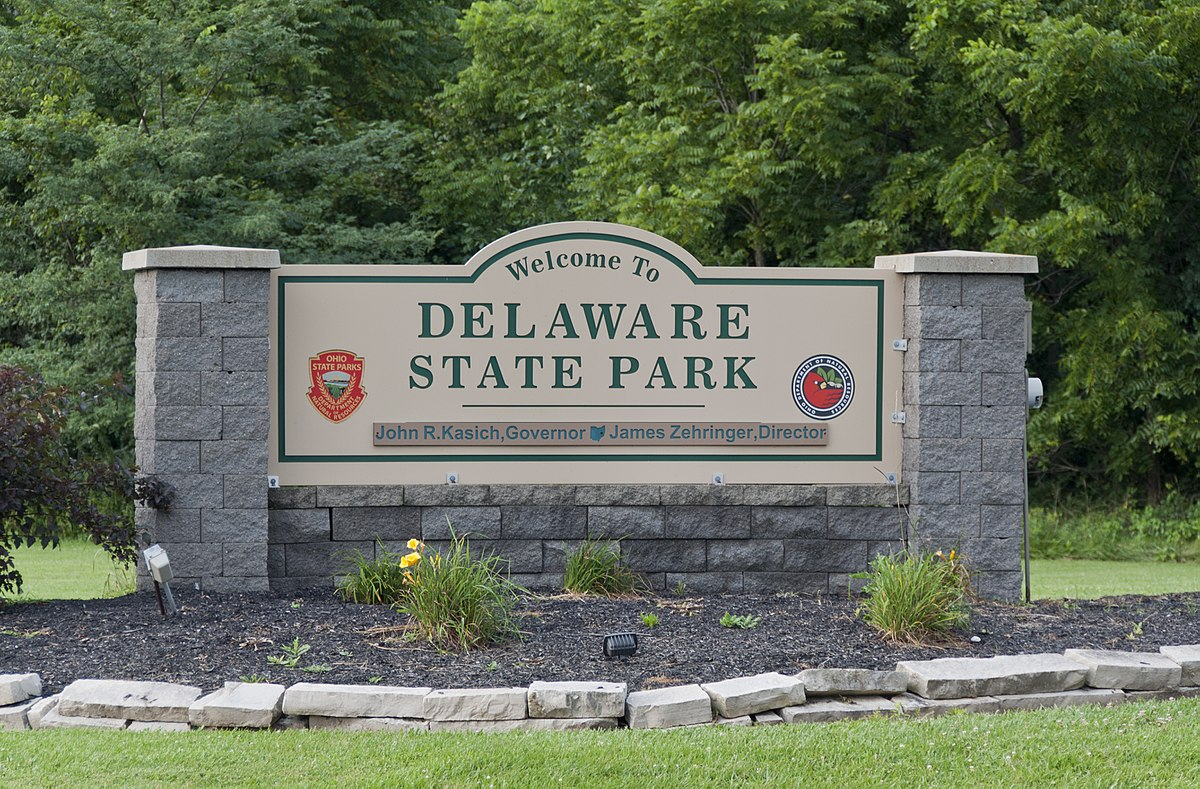 stone Welcome to Delaware State Park sign