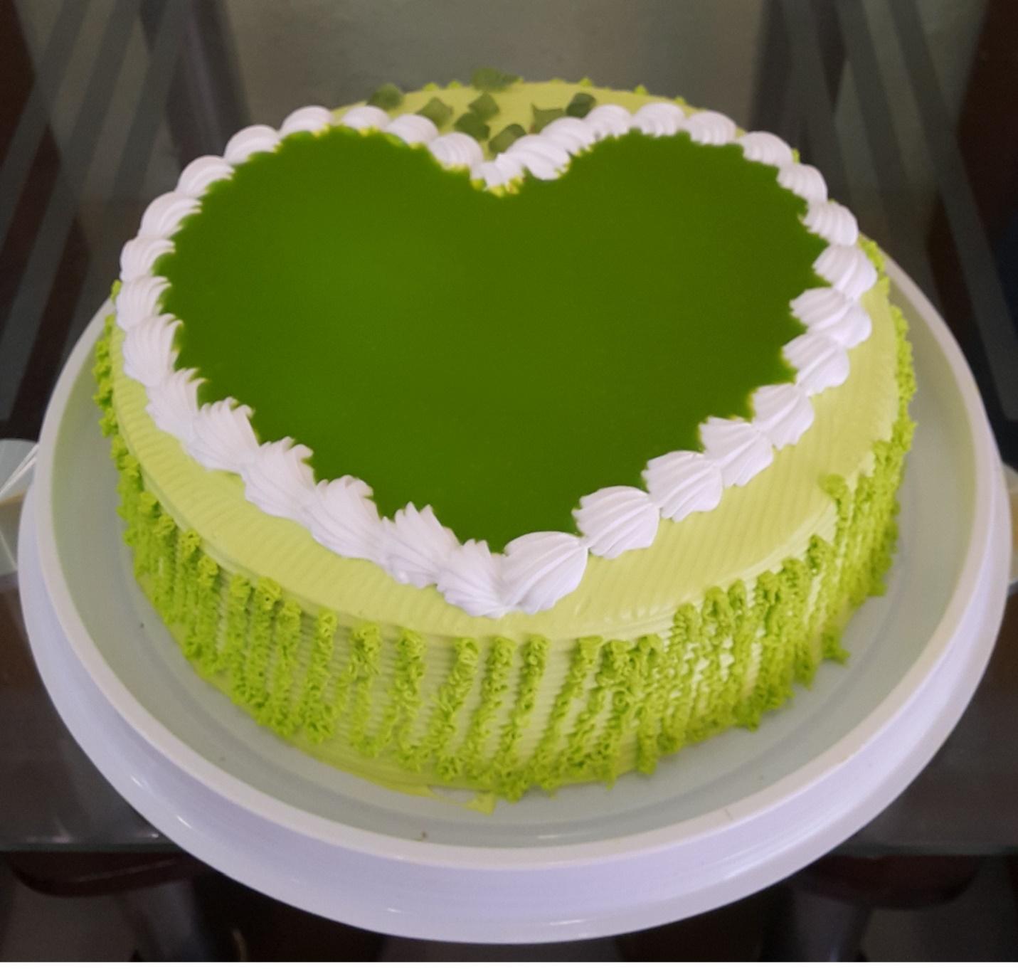 Bánh sinh nhật vị trà xanh có ngon không? Có xứng đáng để đem đi tặng không?
