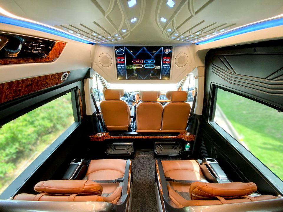 Dòng xe Solati Limousine hàng thượng đỉnh