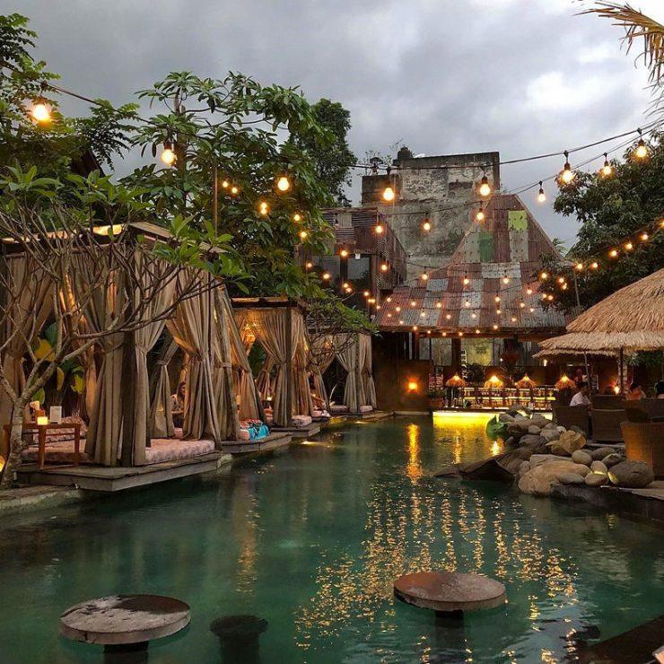 Folk Pool and Garden Restaurant Ubud