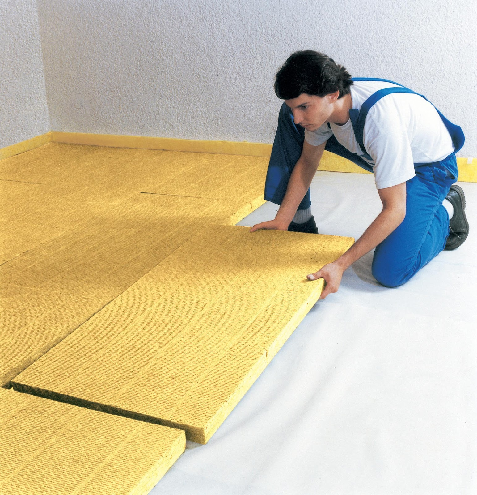 http://kettyle.com/wp-content/uploads/2013/01/Floor-insulation.jpg
