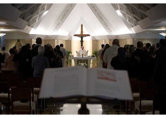Đức Thánh Cha: Ki-tô hữu được kêu gọi để trở nên những chứng nhân của sự vâng lời