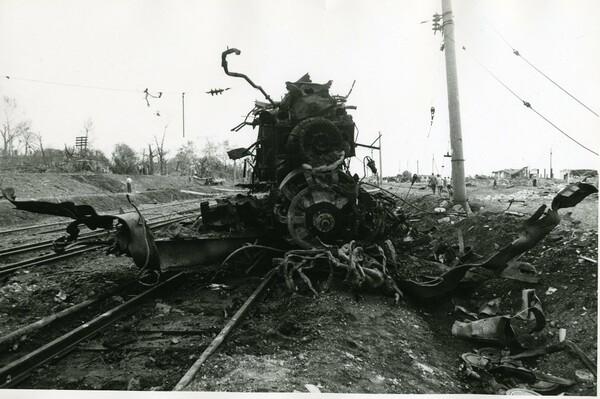 Арзамасская железнодорожная катастрофа — взрыв при подходе к станции Арзамас-1 Горьковской железной дороги трех вагонов грузового поезда, следовавшего из Дзержинска в Казахстан, перевозивших гексоген для горных предприятий Казахстана, на железнодорожном переезде 4 июня 1988 года.