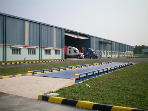 Công ty, nhà máy có thể mua cân sàn ở đâu?
