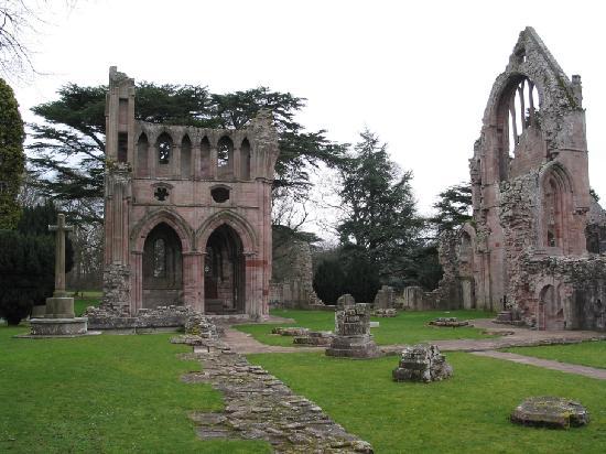 dryburgh-dryburgh-abbey.jpg