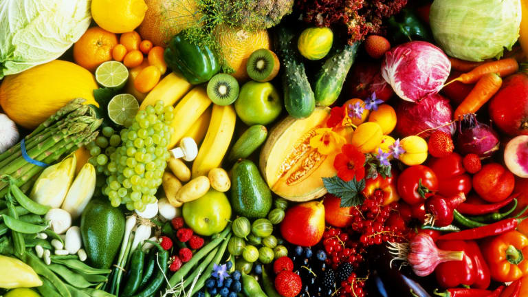 Store separately: fruit and vegetables.