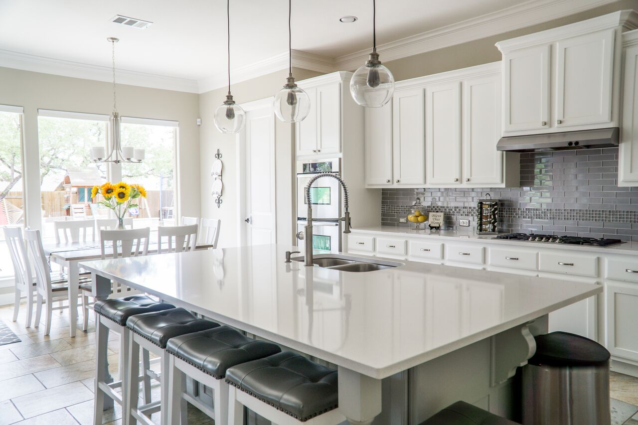 kitchen island dining table inverness chicago abrams home solutions decluttered spacious entertaining