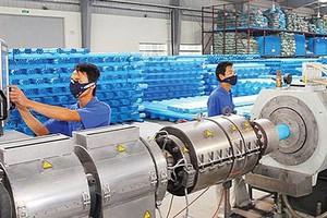 Tỉ phú Thái Lan nhận hơn 100 tỉ đồng từ 1 công ty Việt