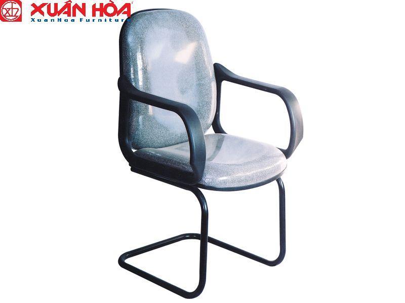 Ảnh có chứa đồ nội thất, chỗ ngồi, ghế, đang ngồi  Mô tả được tạo tự động