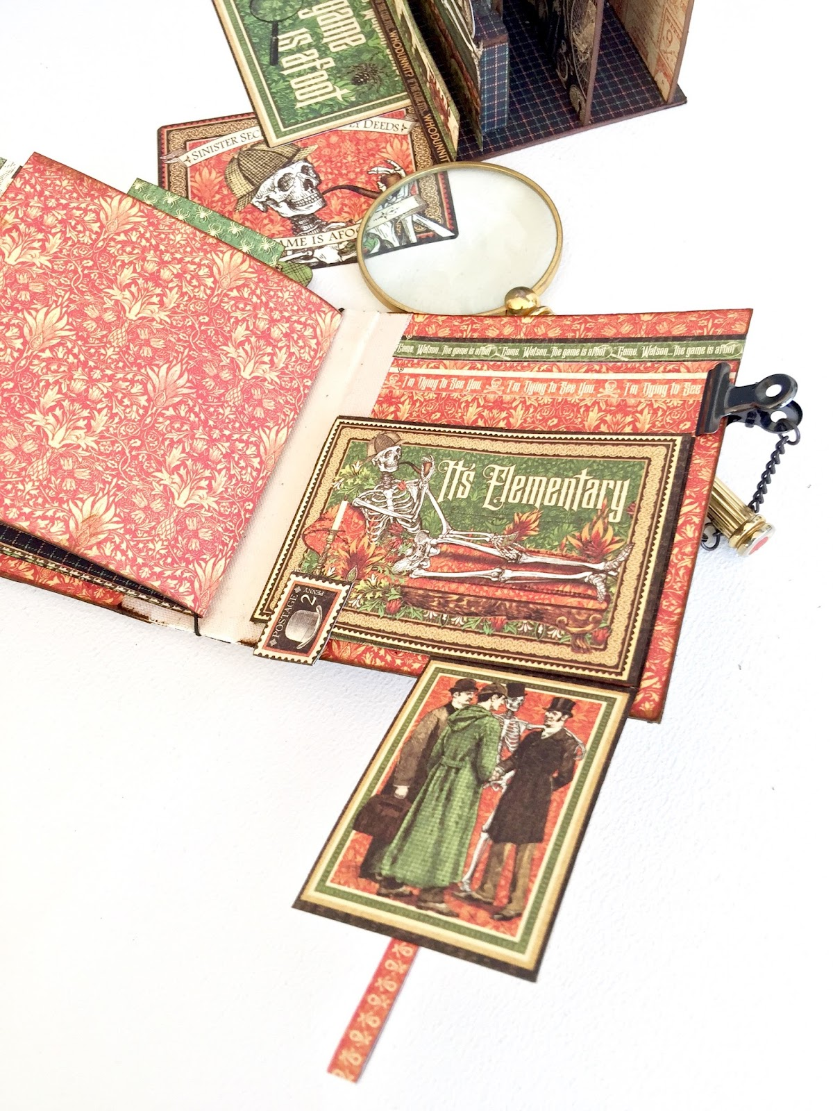 Stand and Mini Album Master Detective by Marina Blaukitchen Product by Graphic 45 photo 27.jpg