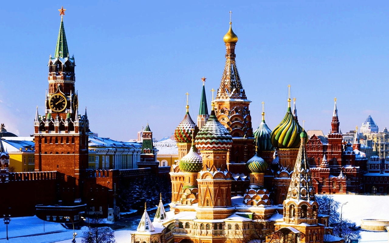 Moscow Kremlin view in snow